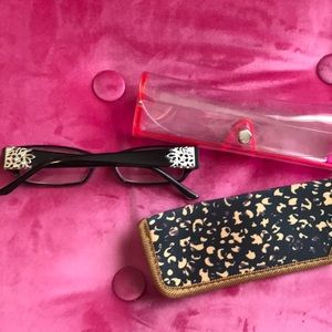 Accessories - New Glasses comes with two cases 2.75 strength